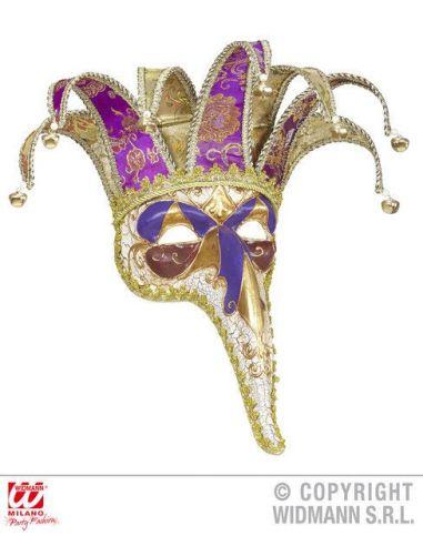Máscara veneciana con nariz larga