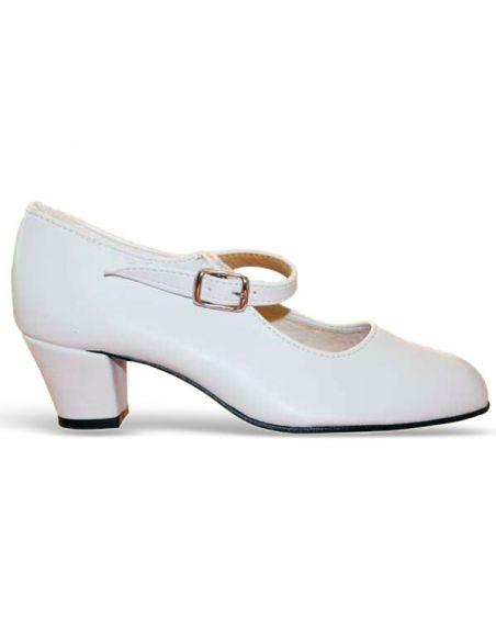 Zapatos blancos flamenca